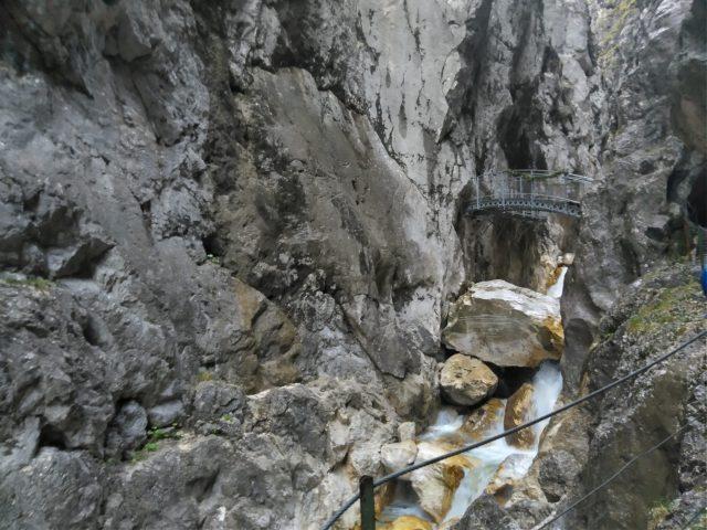 Neue Eiserne Brücke über die Höllentalklamm   Bild: Martin Dubberke